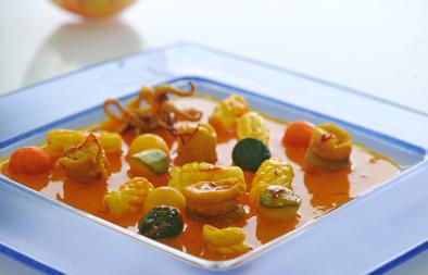 سمك موسى وحبار مع عصير برتقال