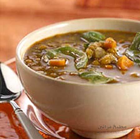 حساء العدس والسبانخ