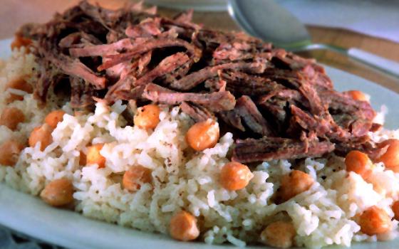 أرز بالحمص واللحم