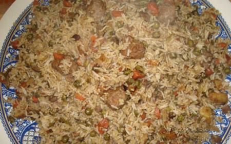 اللحم بالارز الاصفر