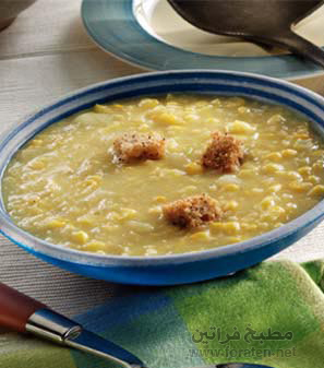 حساء العدس وخلاصة الذرة