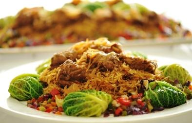كباب حلة مع أرز بالبصل